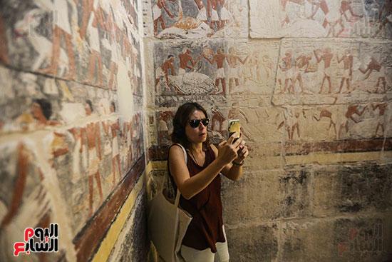 افتتاح مقبرة ميحو (6)