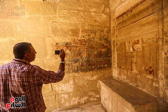 افتتاح مقبرة ميحو (14)
