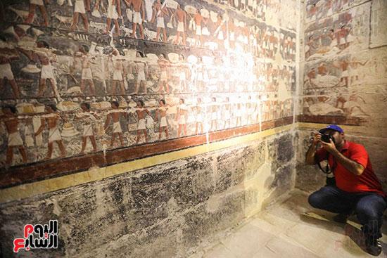 افتتاح مقبرة ميحو (9)