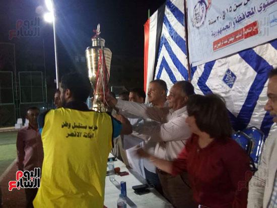 تكريم الفرق الفائزة في دورة مستقبل وطن لكرة القدم