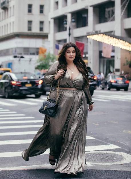إطلالات صاحبات الوزن الزائد فى أسبوع الموضة بنيويورك