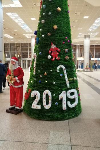 بابا نويل فى مطار القاهرة (4)
