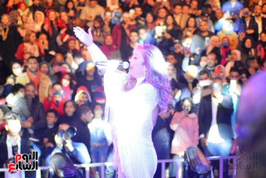 نيكول سابا فى رأس السنة بالقاهرة الجديدة (10)