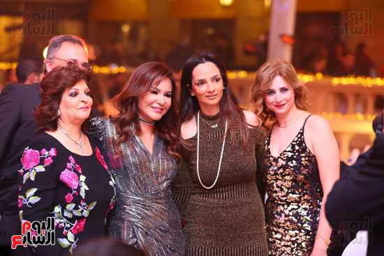 آلا كوشنير تحيى حفل رأس السنة بأحد الفنادق (7)