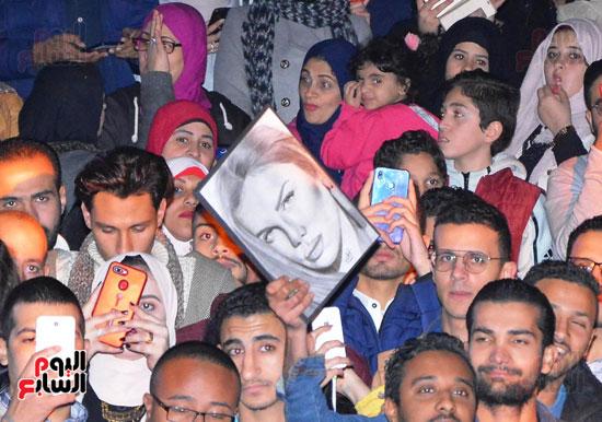 نيكول سابا فى رأس السنة بالقاهرة الجديدة (14)