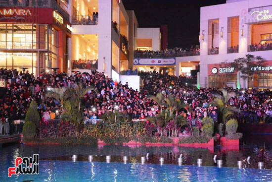 نيكول سابا فى رأس السنة بالقاهرة الجديدة (4)