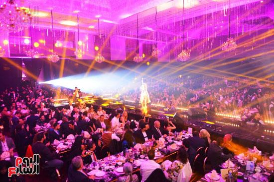 بوسى تشعل أجواء ليلة رأس السنة بأجمل أغانيها (7)