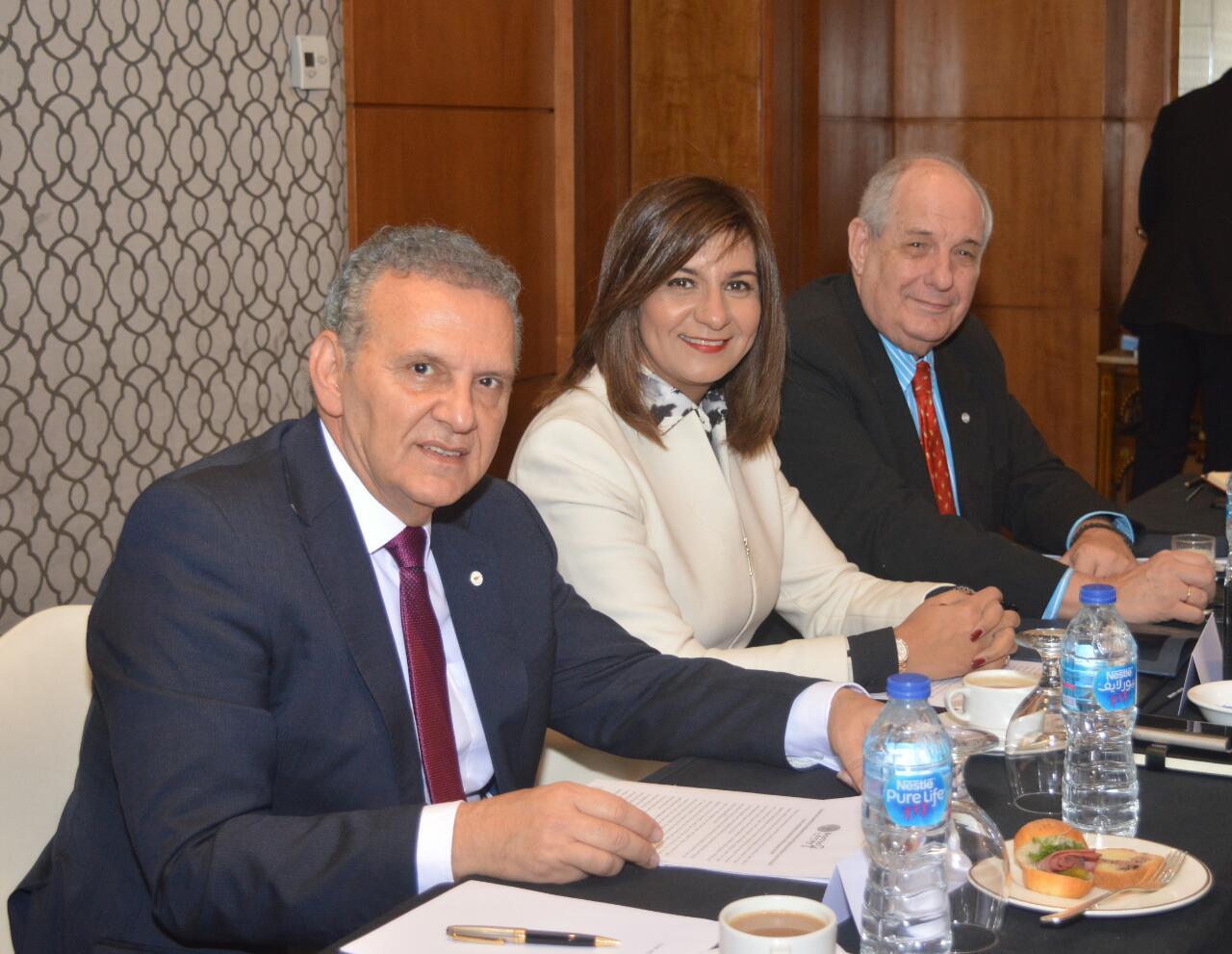 لقاء وزيرة الهجرة و وزير الخارجية اليوناني (1)