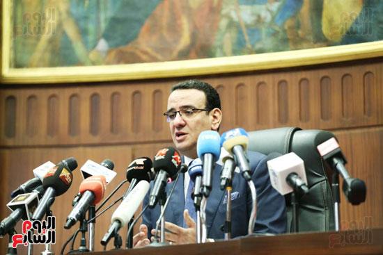 الموتمر الصحفي للمتحدث الرسمي لمجلس النواب لعرض انجازات المجلس  (2)