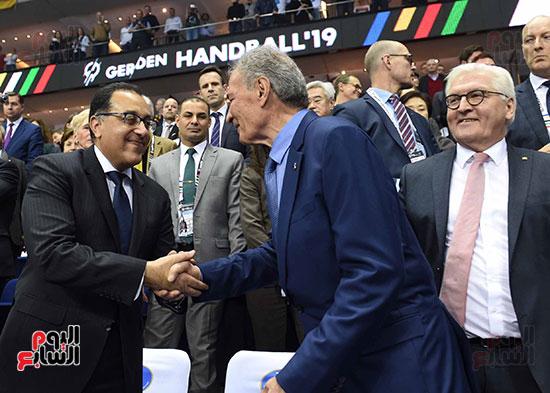 صور رئيس الوزراء يشهد افتتاح بطولة العالم لكرة اليد للرجال  (5)