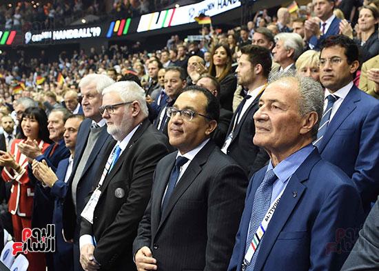 صور رئيس الوزراء يشهد افتتاح بطولة العالم لكرة اليد للرجال  (7)