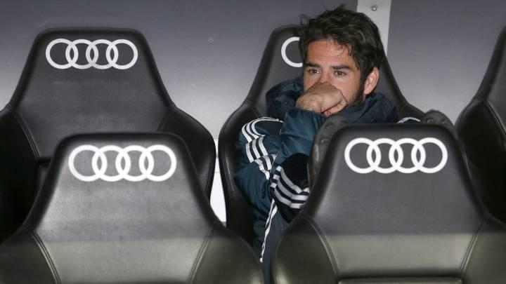 ايسكو على دكة ريال مدريد