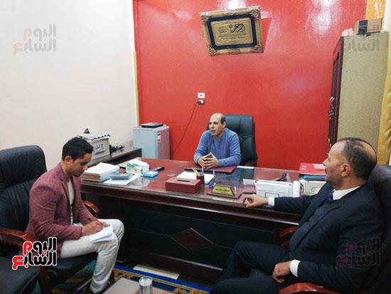 مع-المدير-التنفيذى-لمصنع-التوحيد-للبلاستيك--(3)