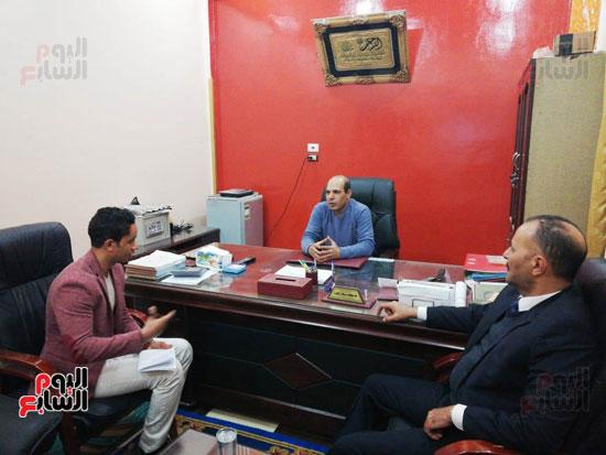 مع-المدير-التنفيذى-لمصنع-التوحيد-للبلاستيك--(1)
