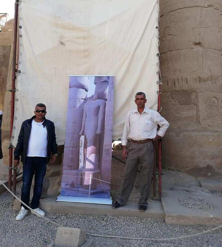وزير الآثار يكرم مدير معبد الأقصر لنجاحاته في تركيب تمثالين لرمسيس بواجهة المعبد (3)