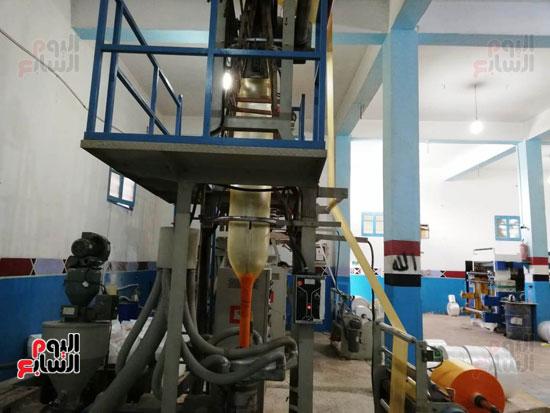 المصنع-(4)