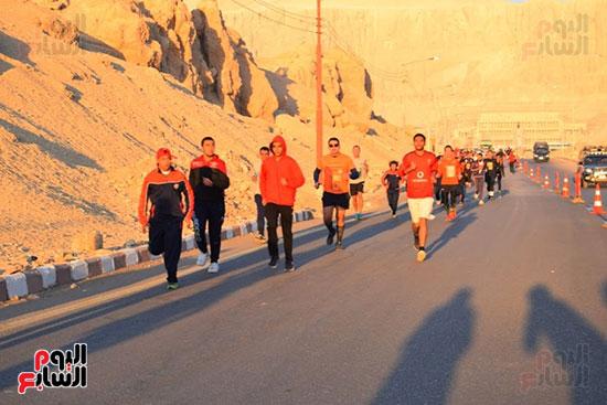 أبطال-التحدي-من-ذوي-الإحتياجات-الخاصة-يشاركون-بماراثون-مصر-الدولي-بالأقصر-(5)