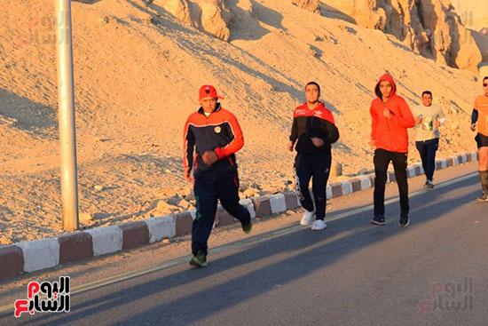 أبطال-التحدي-من-ذوي-الإحتياجات-الخاصة-يشاركون-بماراثون-مصر-الدولي-بالأقصر-(6)