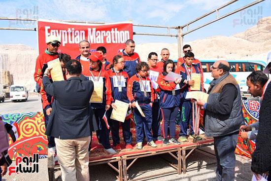 أبطال-التحدي-من-ذوي-الإحتياجات-الخاصة-يشاركون-بماراثون-مصر-الدولي-بالأقصر-(13)