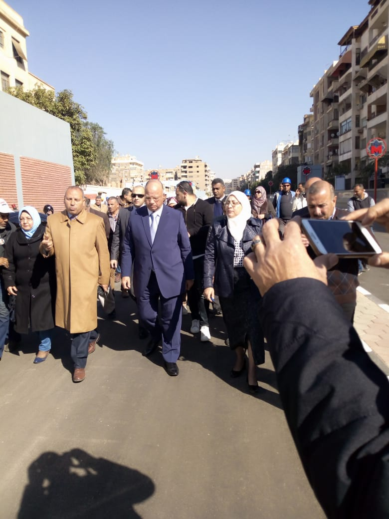 محافظ القاهرة يتفقد عددا من محطات المترو (1)