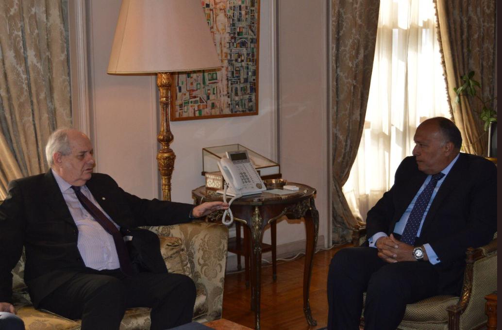 سامح شكرى ونائب وزير خارجية اليونان