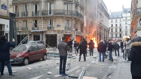 صور انفجار باريس (10)