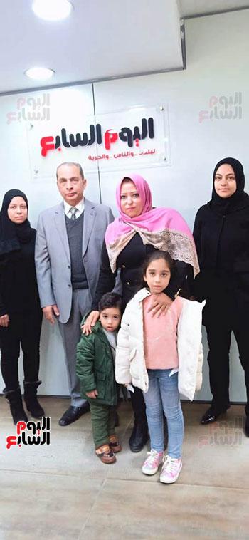 أسرة الشهيد مصطفى عبيد بندوة اليوم السابع (3)