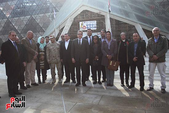 جولة لجنة الثقافة والإعلام والآثار بالبرلمان للمتحف المصري الكبير (20)