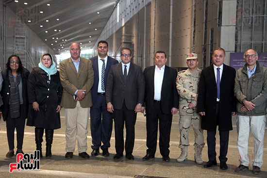 جولة لجنة الثقافة والإعلام والآثار بالبرلمان للمتحف المصري الكبير (31)