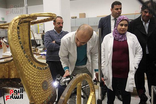 جولة لجنة الثقافة والإعلام والآثار بالبرلمان للمتحف المصري الكبير (43)
