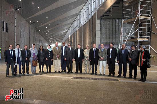 جولة لجنة الثقافة والإعلام والآثار بالبرلمان للمتحف المصري الكبير (32)