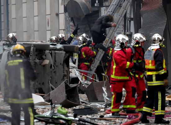 صور انفجار باريس (9)