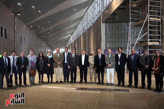 جولة لجنة الثقافة والإعلام والآثار بالبرلمان للمتحف المصري الكبير (30)