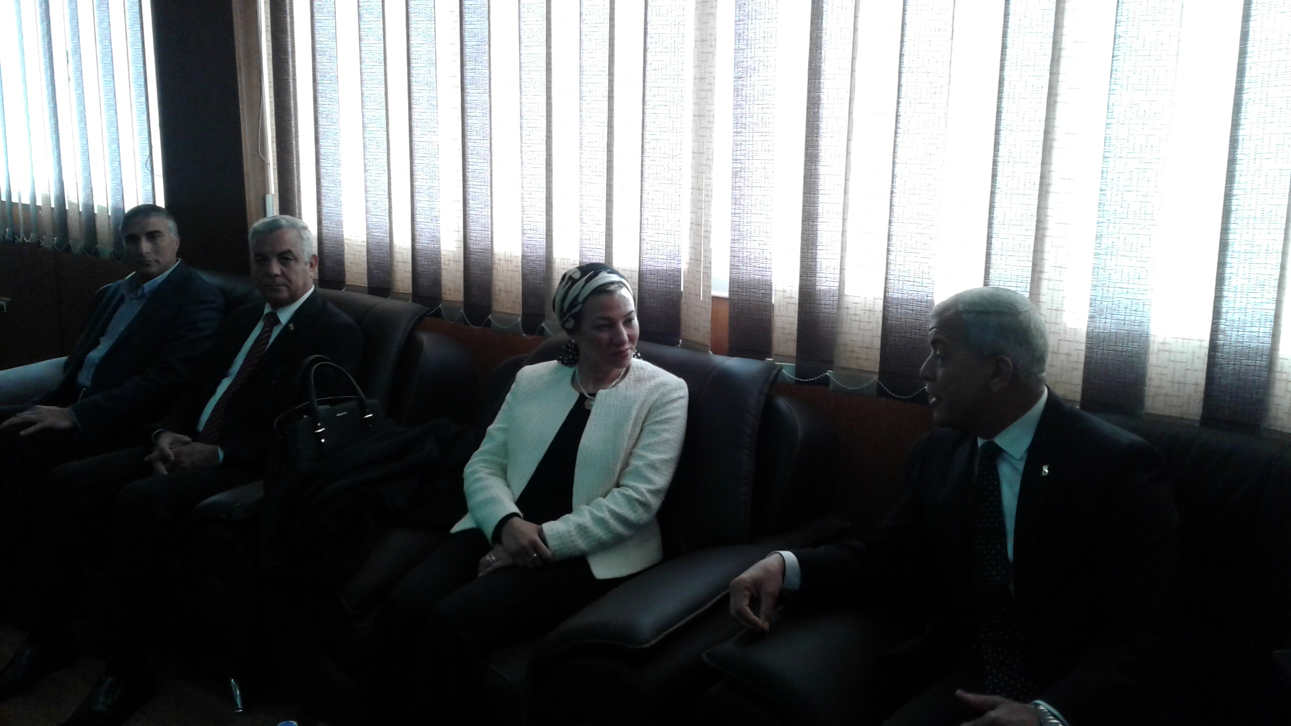 محافظ المنوفية يستقبل وزيره البيئة بمكتبة (3)