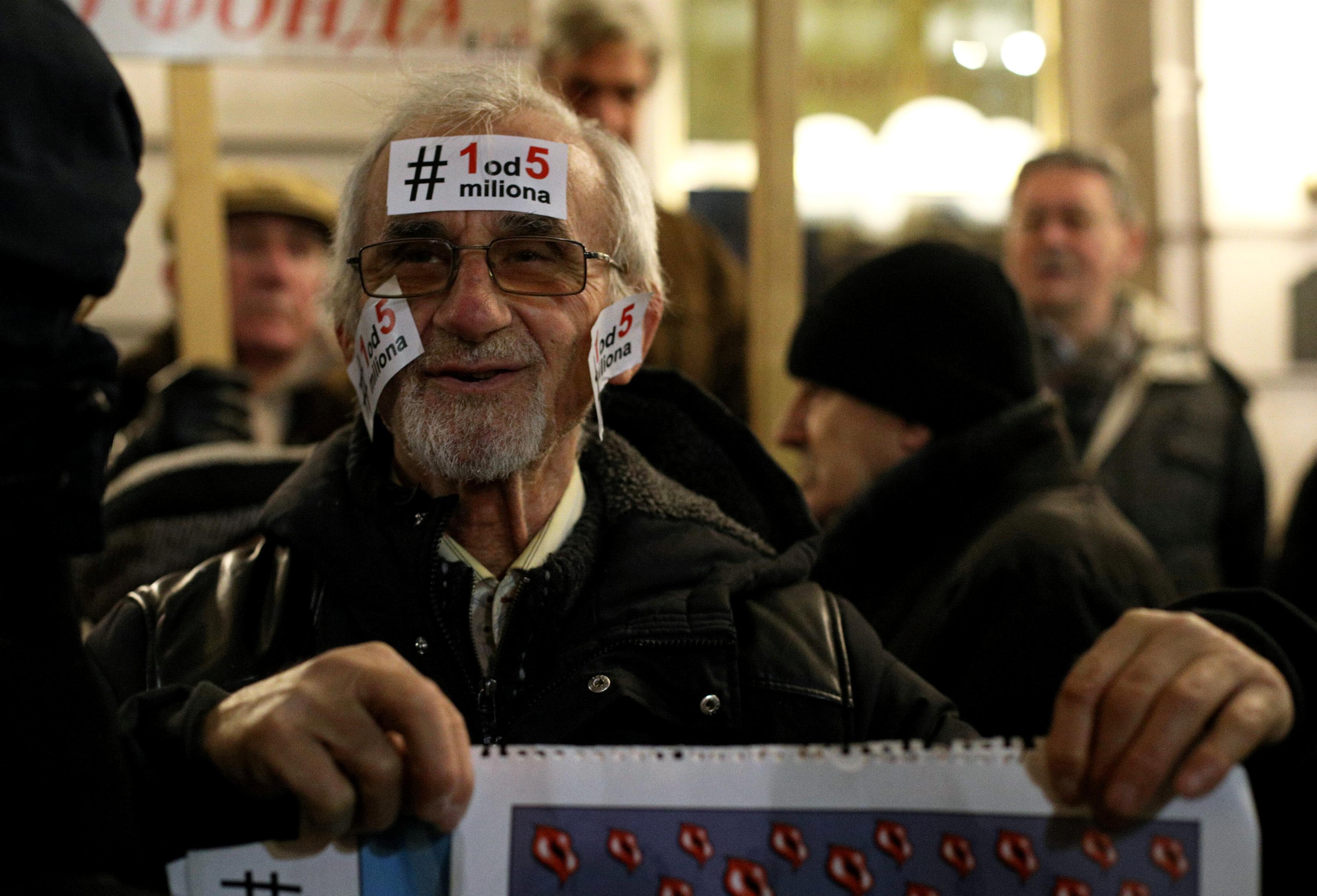 الاحتجاجات الحاشدة ضد الرئيس الصربى فى شوارع بلجراد (4)