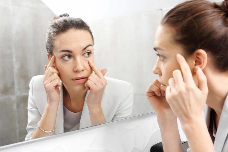جفاف الجلد من اعراض نقص فيتامين سى