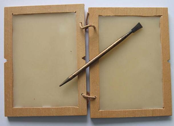 A-wax-tablet
