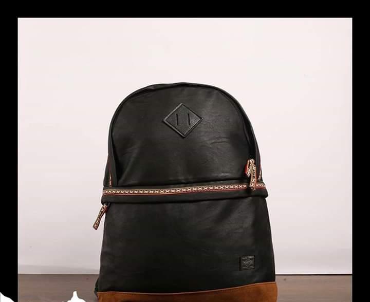 أزياء الرجال - الحقيبة (1)