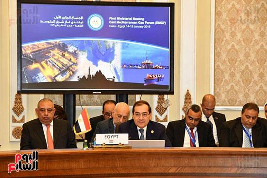 اختيار القاهرة مقرا لـ منتدى غاز شرق المتوسط (5)