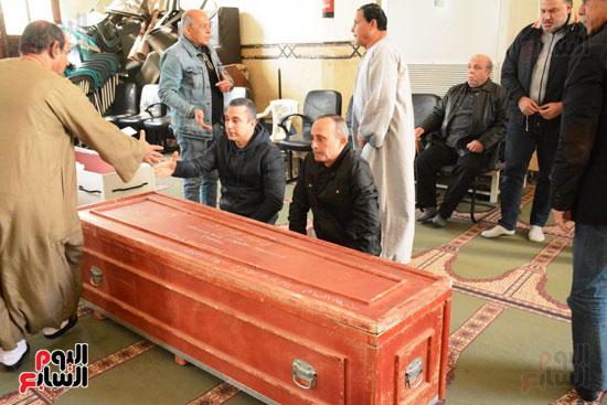 تشيع جثمان الفنان سعيد عبد الغنى (21)