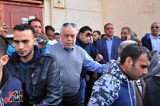 تشيع جثمان الفنان سعيد عبد الغنى (12)