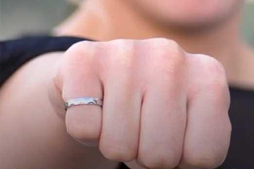 ارتداء الخاتم