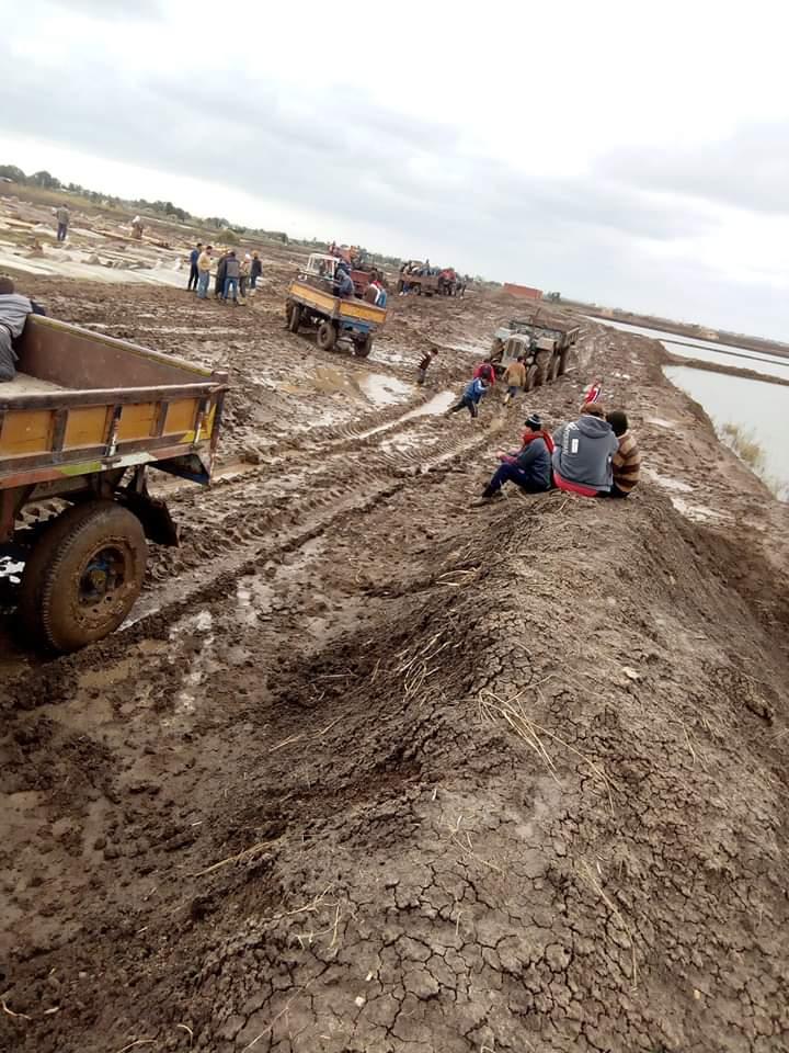 الطريق المؤدى إلى المقابر فى قرى كفر الشيخ  (4)