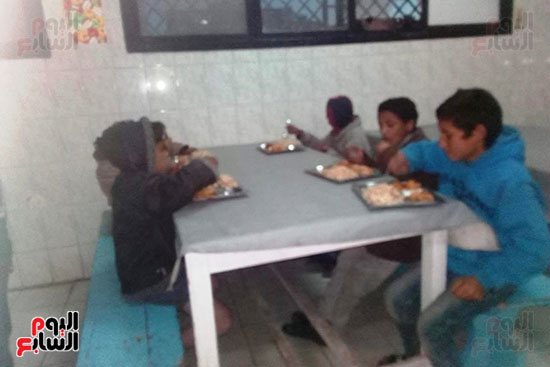 التضامن تنسق مع محافظة بورسعيد  ومديرية الامن لانقاذ المشردين وكبار السن (4)