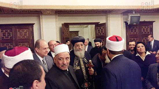 البابا تواضروس يستقبل التهنئة بعيد الغطاس فى الإسكندرية  (1)