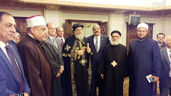 البابا تواضروس يستقبل التهنئة بعيد الغطاس فى الإسكندرية  (10)