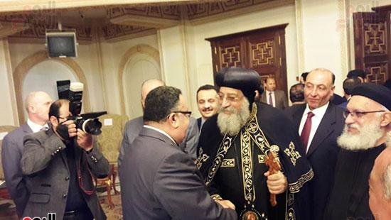 البابا تواضروس يستقبل التهنئة بعيد الغطاس فى الإسكندرية  (6)