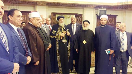 البابا تواضروس يستقبل التهنئة بعيد الغطاس فى الإسكندرية  (3)
