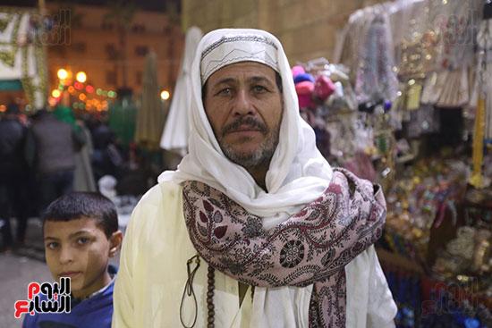 الآلاف يحيون ذكرى استقرار رأس الحسين (12)