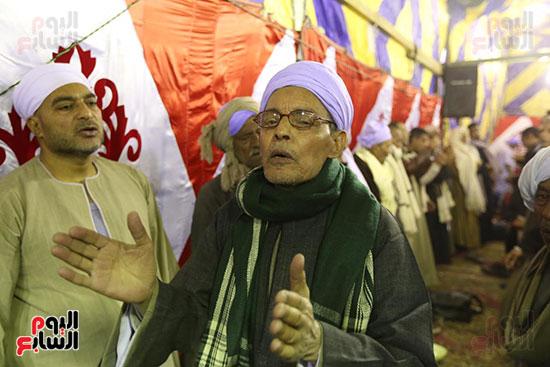 الآلاف يحيون ذكرى استقرار رأس الحسين (1)